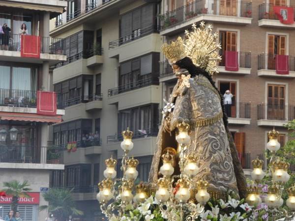 2015 La Virgen de los Desamparados… or the Festival of Our Lady of the Homeless